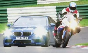 Auto vs motor: BMW M5 vs S1000RR