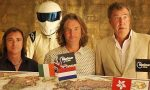 Top Gear Presentatoren in 2009 met de Stig