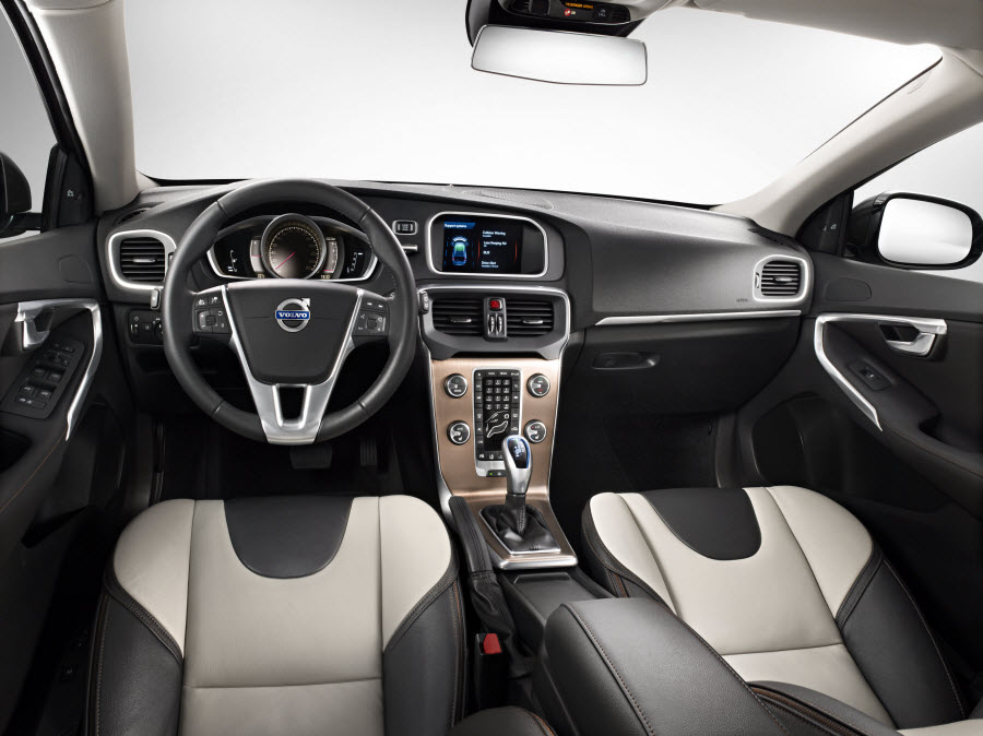twotone interieur volvo v40 cross country carblogger. Black Bedroom Furniture Sets. Home Design Ideas