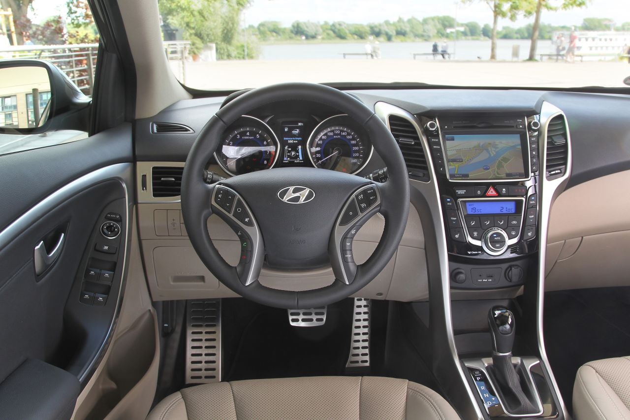 This Hyundai I30 Wagon 2013 06. For more detail please visit source ...