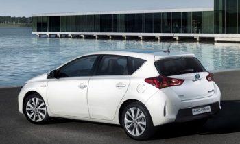 Test Toyota Auris Hybrid 2013