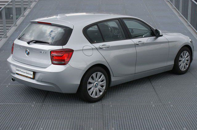 bmw 1 serie 116d efficientdynamics carblogger. Black Bedroom Furniture Sets. Home Design Ideas