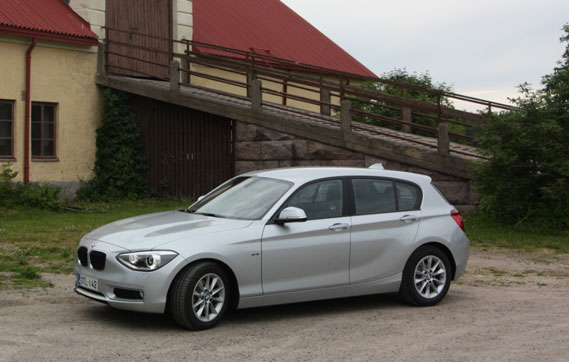 test bmw 116d efficientdynamics 2013 carblogger. Black Bedroom Furniture Sets. Home Design Ideas