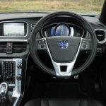 Volvo V40 D2 R-Design dashboard