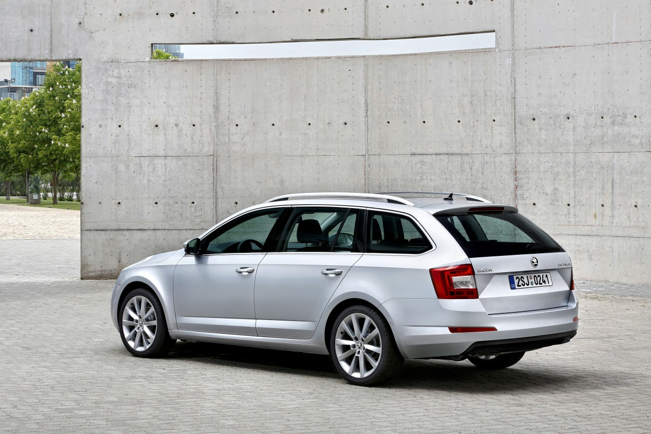 skoda octavia combi iii veel voor weinig carblogger. Black Bedroom Furniture Sets. Home Design Ideas