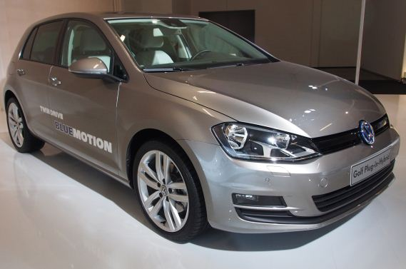 volkswagen golf 7 plug in hybrid komt in 2014 carblogger. Black Bedroom Furniture Sets. Home Design Ideas