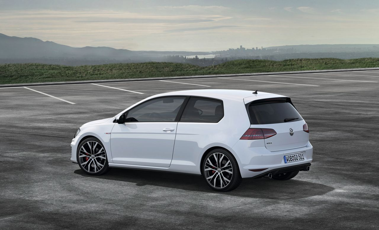 volkswagen golf 7 gti nu met prijs carblogger. Black Bedroom Furniture Sets. Home Design Ideas