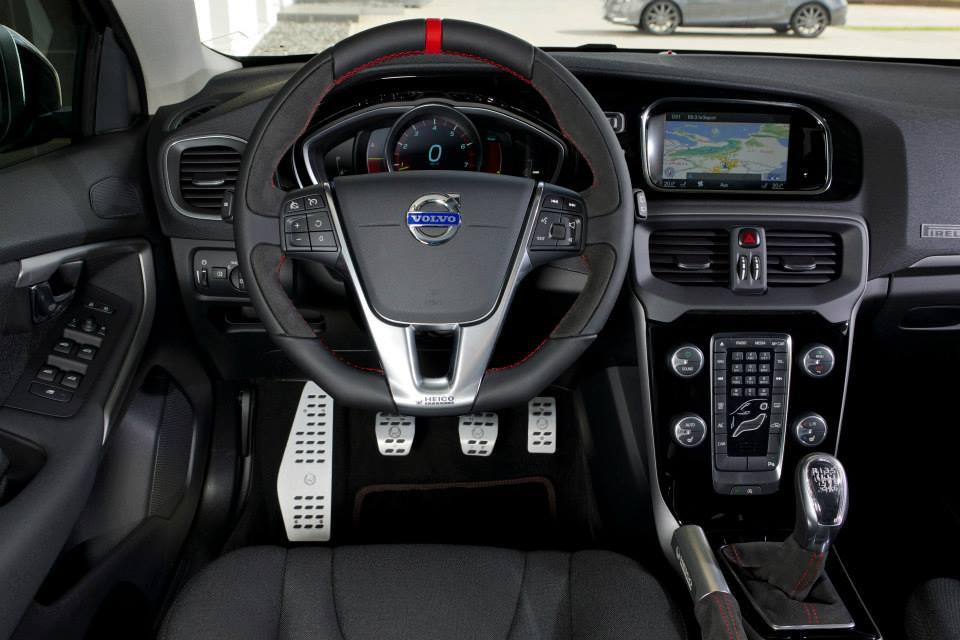 Heico pakt de volvo v40 aan carblogger for Edha interieur b v