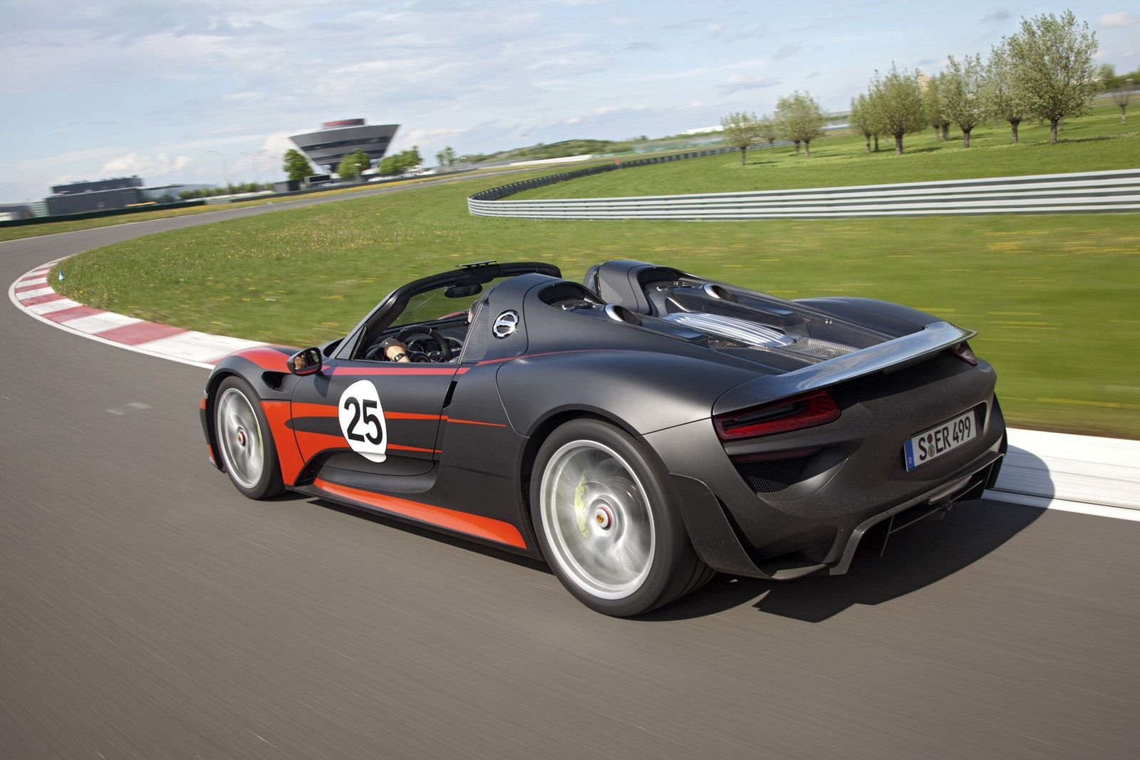 porsche 918 spyder de specs carblogger. Black Bedroom Furniture Sets. Home Design Ideas