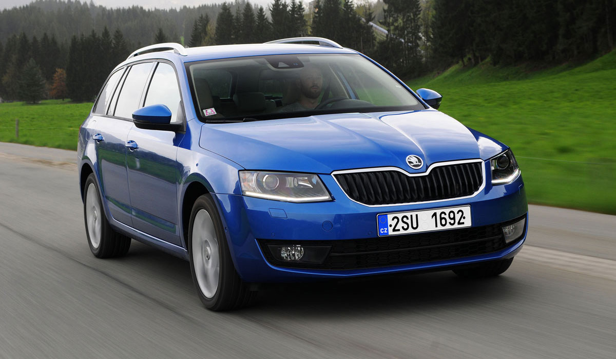 test skoda octavia combi 2013 carblogger. Black Bedroom Furniture Sets. Home Design Ideas