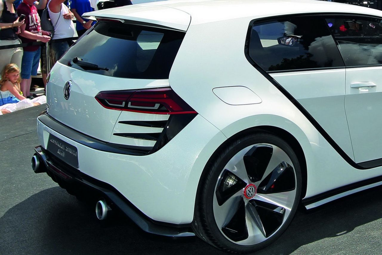 vw toont ber gti op w rthersee carblogger. Black Bedroom Furniture Sets. Home Design Ideas