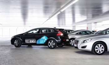 Volvo V40 self parking