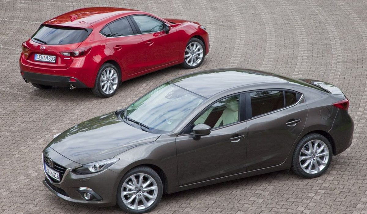 Mazda 3 sedan en hatchback 2014