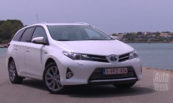 Test Auris Touring Sports Hybrid