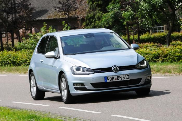 test volkswagen golf 7 tdi bluemotion carblogger. Black Bedroom Furniture Sets. Home Design Ideas