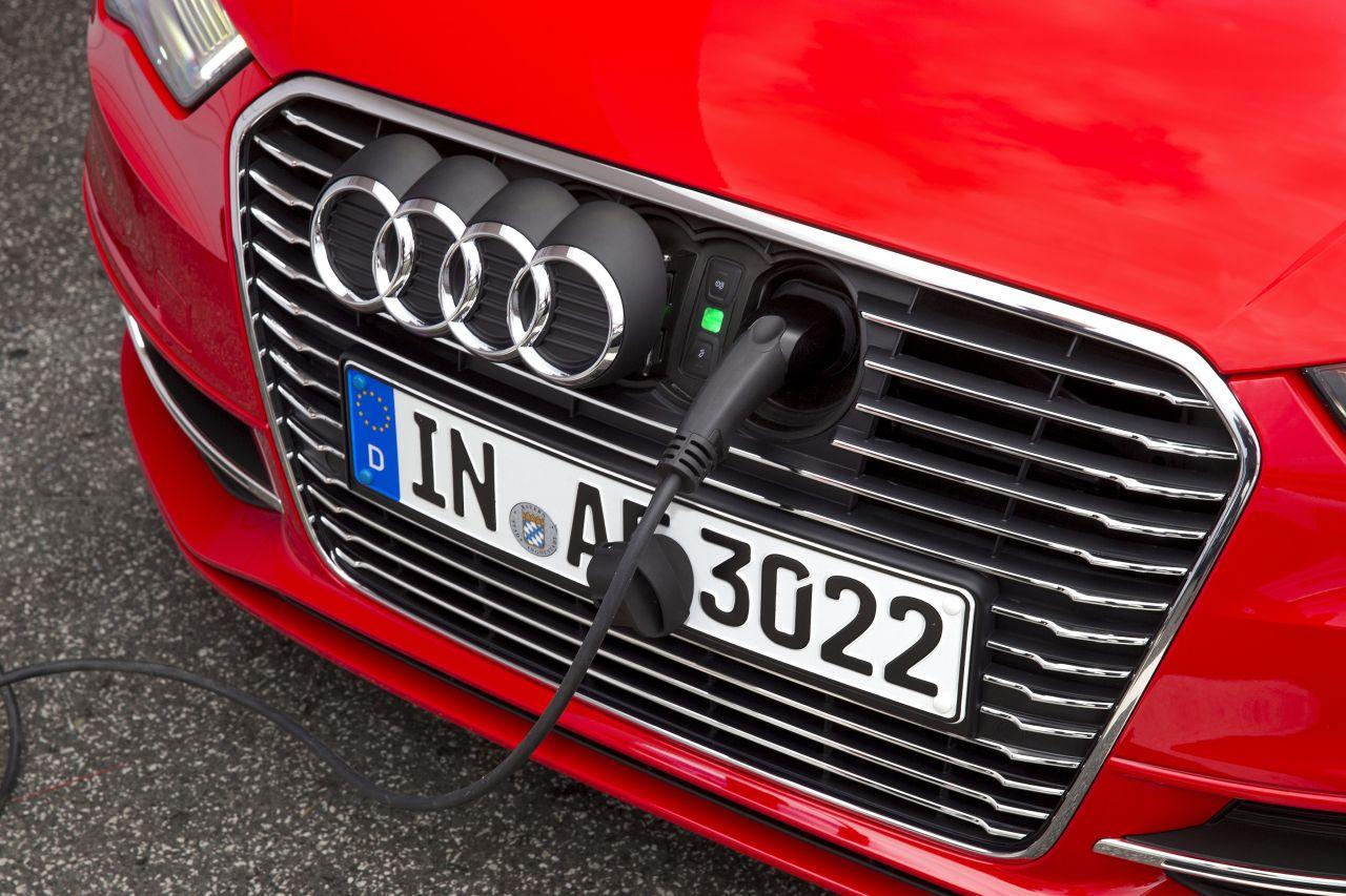 Audi A3 E Tron Lease >> Oplaadstekker Audi A3 Sportback e-tron | CARBLOGGER