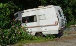 Dominee sloopt camping met camper