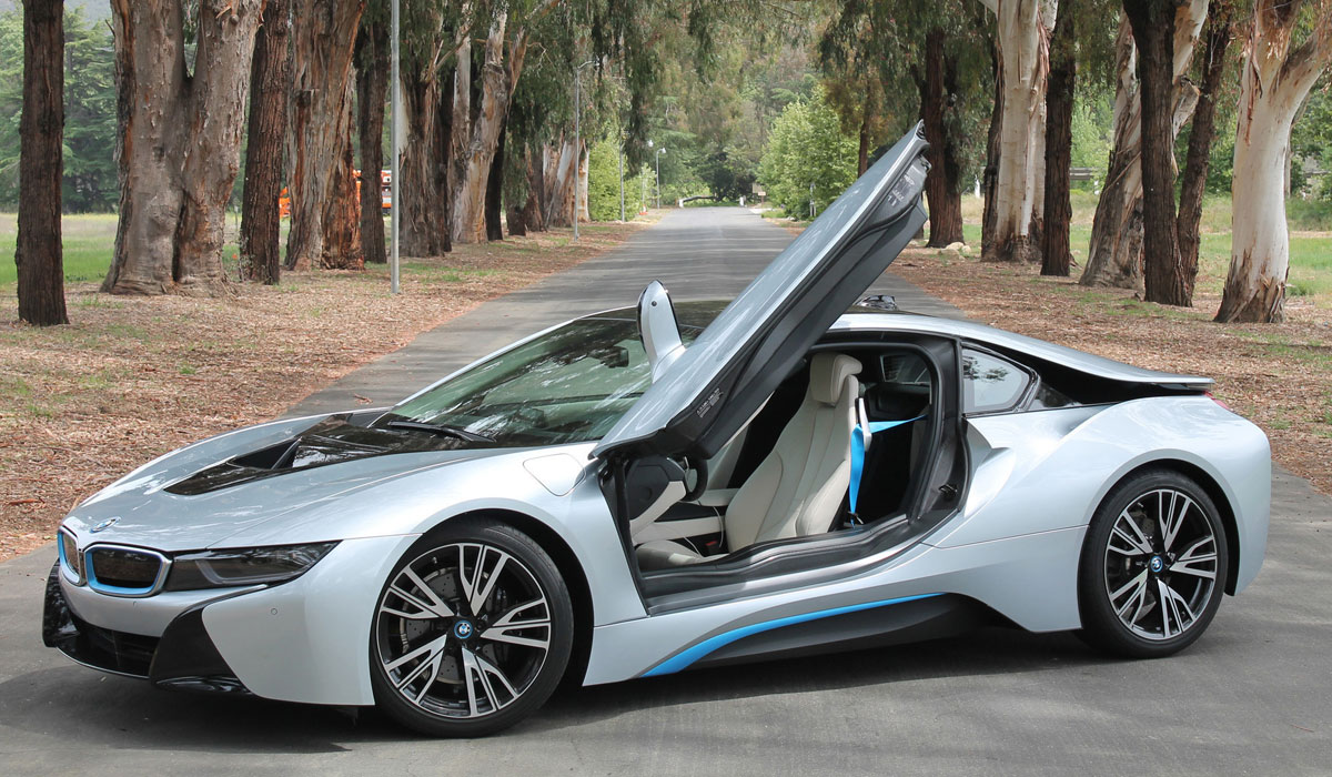 test bmw i8 plug in hybrid met sportief statement carblogger. Black Bedroom Furniture Sets. Home Design Ideas