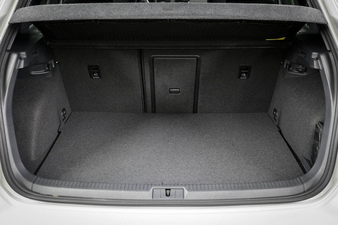 vw golf gte leaser krijgt 7 bijtelling rijtraining carblogger. Black Bedroom Furniture Sets. Home Design Ideas