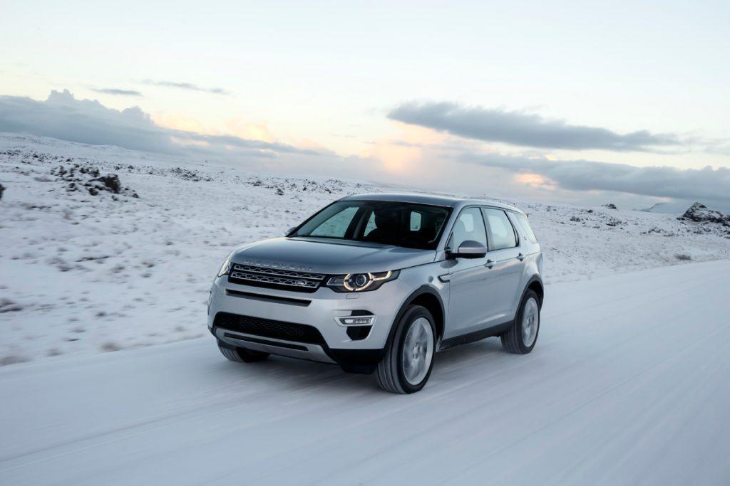 test land rover discovery sport 2 2 sd4 op ijsland carblogger. Black Bedroom Furniture Sets. Home Design Ideas