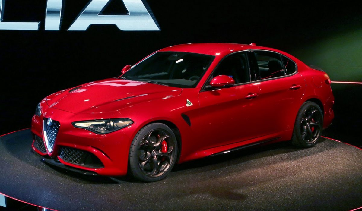 Alfa romeo giulia lease 15