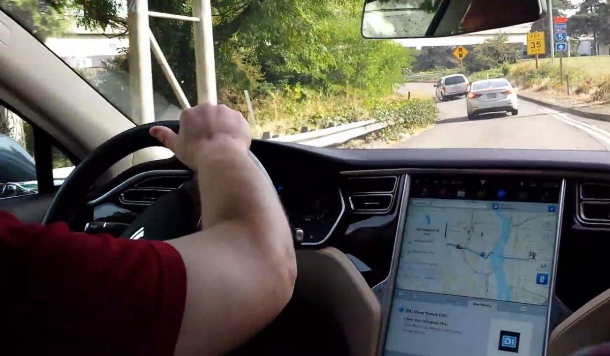 Tesla oeps
