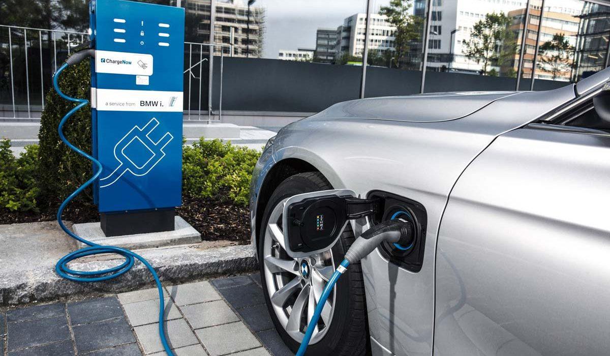 BMW 330e plug in hybride