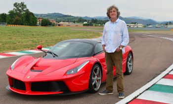 Review Ferrari LaFerrari door James May van Top Gear