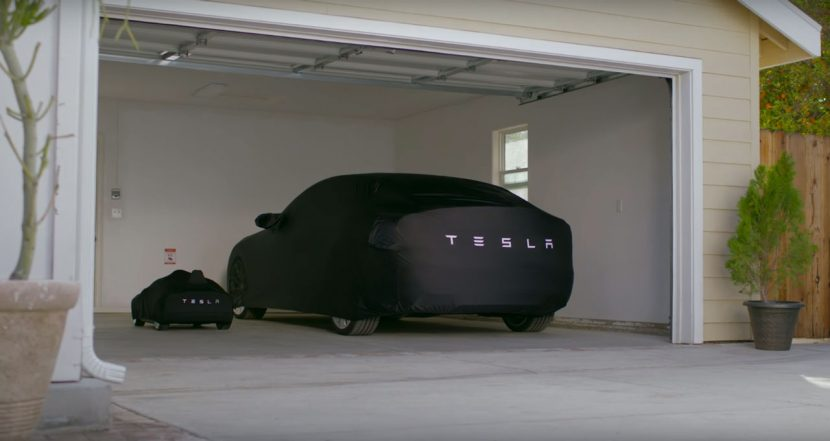 Tesla Model S'en onder afdekhoes
