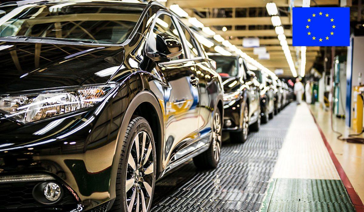 Honda Civic's in fabriek