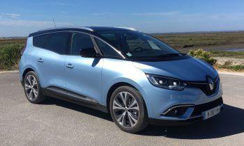 Renault Grand Scenic (2016) schuin van voren