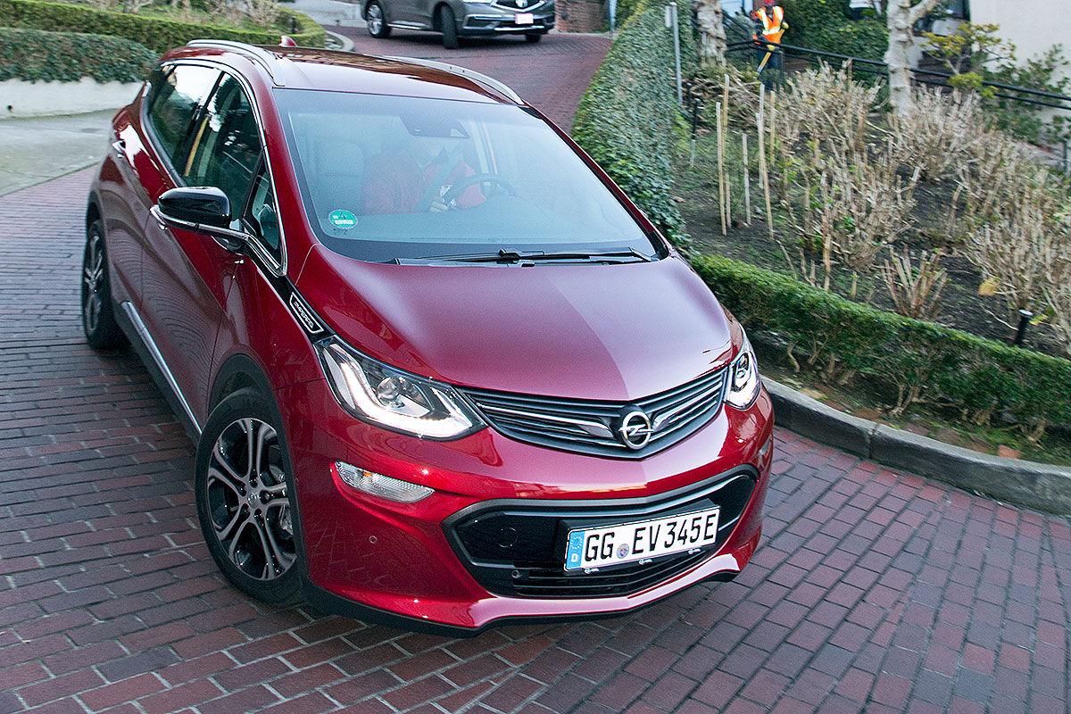 Voorkant Opel Ampera-E 2017