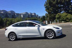Tesla Model 3 is bijna klaar (2017)