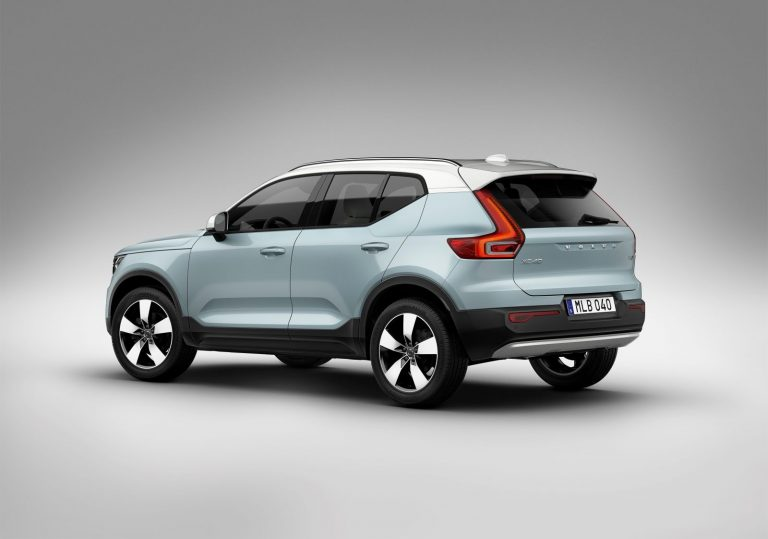 Volvo XC40 in two tone