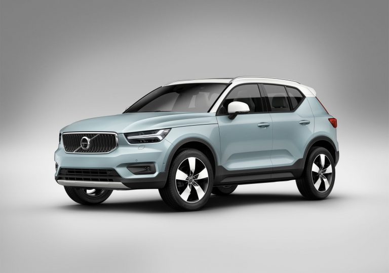 volvo xc40 compacte premium suv foto 39 s video carblogger. Black Bedroom Furniture Sets. Home Design Ideas
