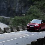 Range Rover Sport op Tianmen Mountain, China (1)
