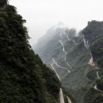 Range Rover Sport op Tianmen Mountain, China (2)