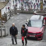Range Rover Sport op Tianmen Mountain, China (6)