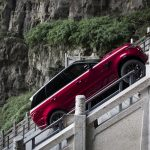 Range Rover Sport op Tianmen Mountain, China (10)