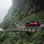 Range Rover Sport op Tianmen Mountain, China (12)