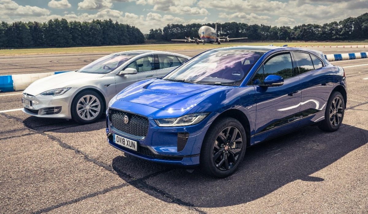 Jaguar I-Pace vs Tesla Model S 75D
