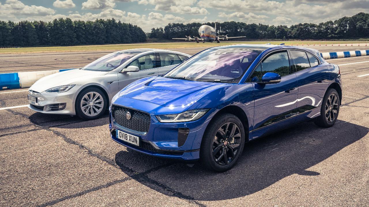 Test Jaguar I-Pace vs....