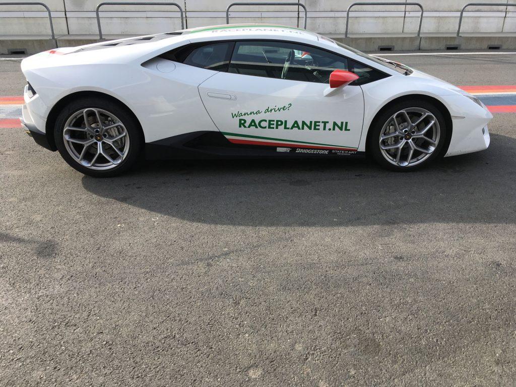 Lamborghini Huracan Race Planet