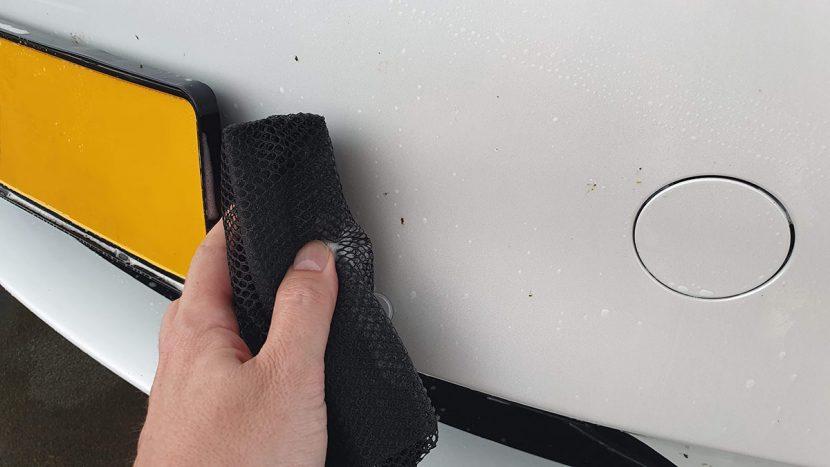 insectenspons voor auto