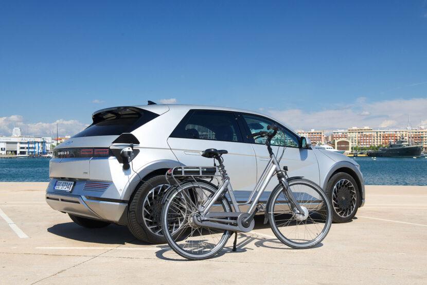 Hyundai Ioniq 5 elektrische fiets opladen